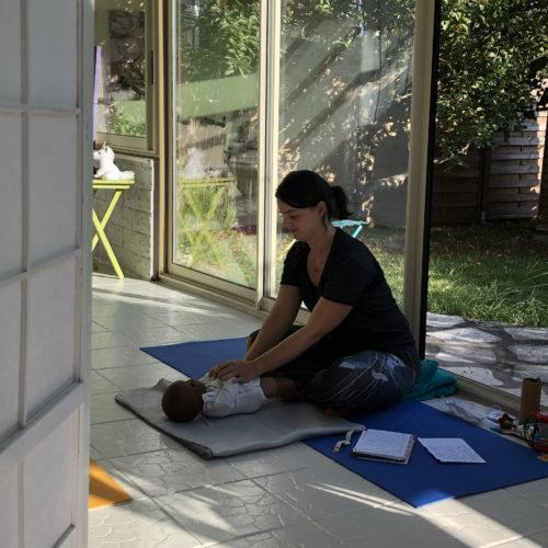 cours-de yoga-bébé